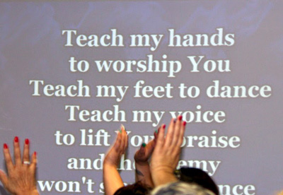 Worship at Godly Girlfriends Retreats